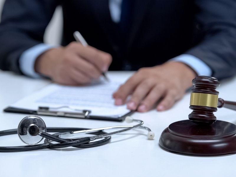 Adwokat dospraw błędów medycznych